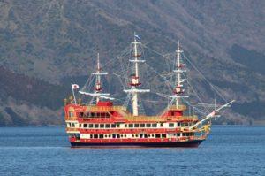 芦ノ湖に新しい海賊船