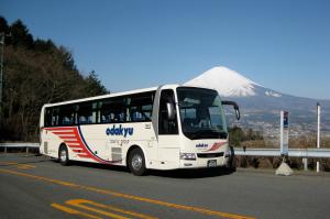 小田急箱根高速バスで移動