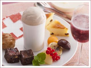 チーズフォンデュ見立て スイスとハイランドのコラボレーション 1,782円(コーヒーまたは紅茶付 2,198円)