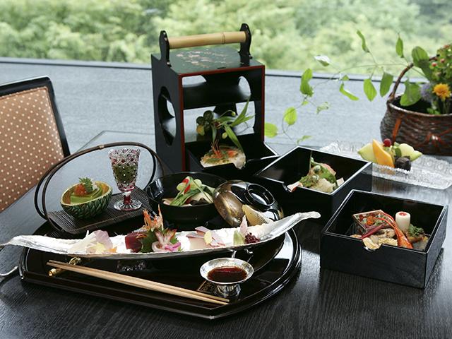 昼食「桜花御膳」(イメージ)